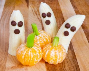 Healthy Banana Ghosts & Clementine Pumpkins